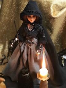 """Кукла - помощница """"Маленькая колдунья"""" 25 см. на подставке - фото 11260"""