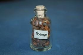 Тигровый глаз: камни в бутылочке - фото 8784
