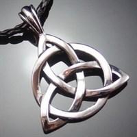 Кельтский узел Трикветр