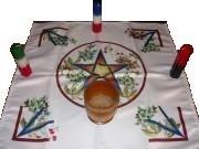 Цветущая Пентаграмма магическая скатерть