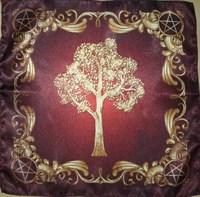 """Скатерть """"Викканское древо - Могущество природы"""""""