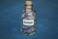 Аметист: камни в бутылочке