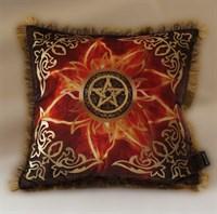 Подушка Огненный цветок